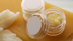 4 Great Natural Ingredients for Lip Balms