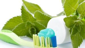 3 Reasons to Switch to Natural Toothpaste