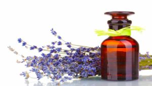 DIY Holiday Gifts with Essential Oils