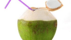 5 Reasons to Drink Coconut Water