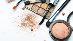 Beauty Hacks: How to Use Your Makeup in Multiple Ways