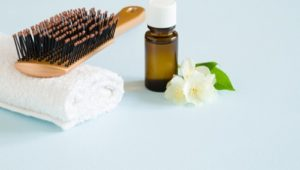 5 Essential Oils for Hair Loss